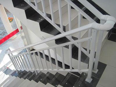 静电喷涂楼梯扶手
